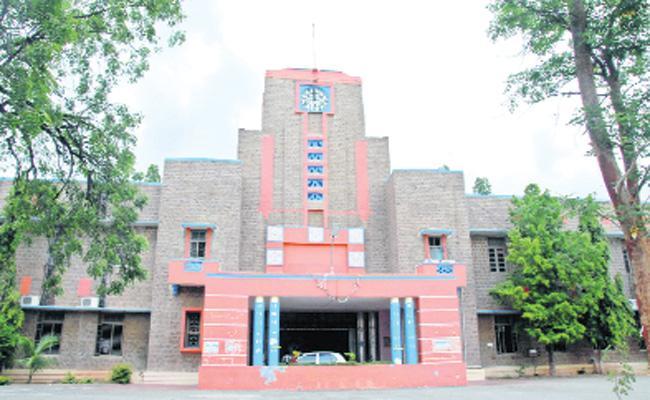 GST Shock to JNTU A in Anantapur - Sakshi