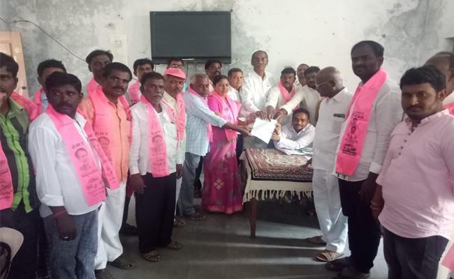Telangana ZPTC And MPTC Third Phase Nominations Mahabubnagar - Sakshi