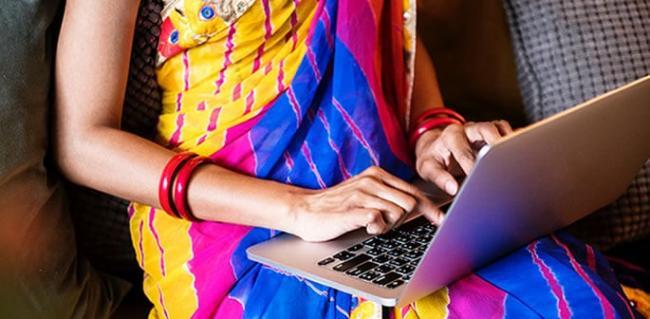 Tamilnadu woman Dupes 17 Men On Matrimonial website - Sakshi