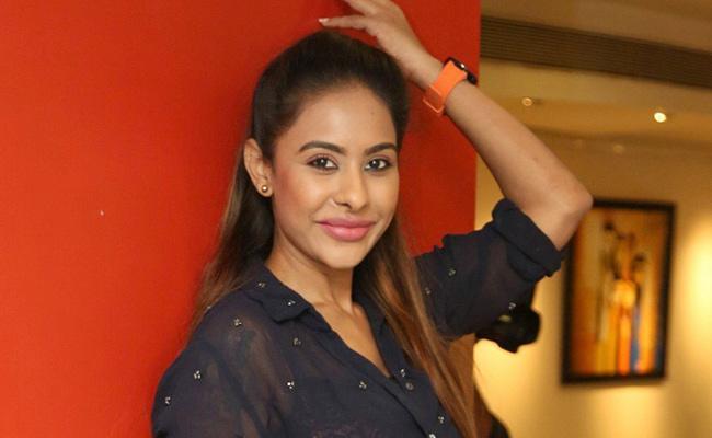 Sri Reddy in Bigg Boss 3! - Sakshi
