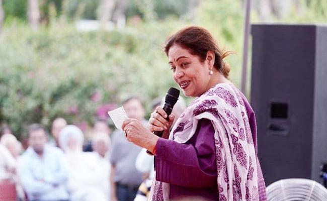 EC Seeks Kirron Kher Reply Over Campaign Video With Children - Sakshi