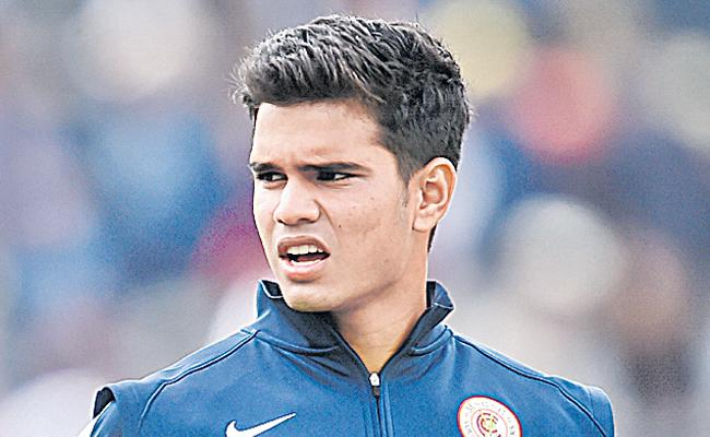 T20 Mumbai League: Arjun Tendulkar picked for Rs 5 lakh - Sakshi