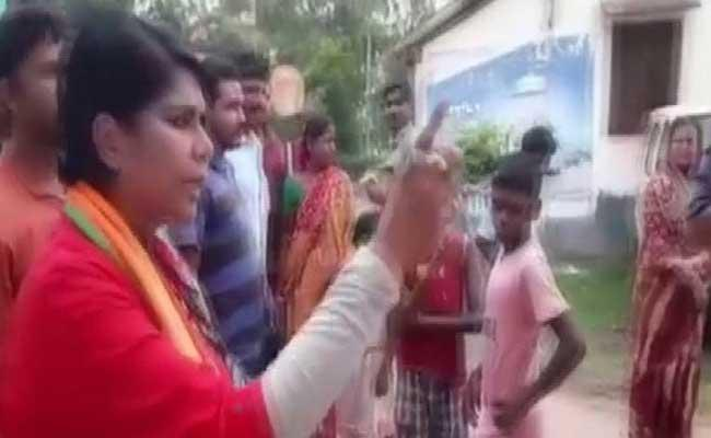 Will Beat You Up Like Dogs Bengal BJP Candidate Tells Trinamool Workers - Sakshi