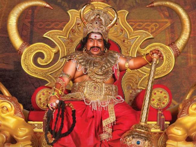 Tamil Actor Yogi Babu About High Remuneration For Dharmaprabhu Movie - Sakshi