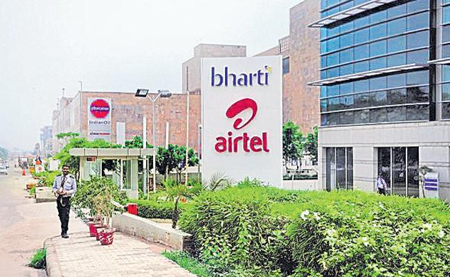Bharti Airtel posts surprise Q4 profit of Rs 107 crore on one-time gain - Sakshi