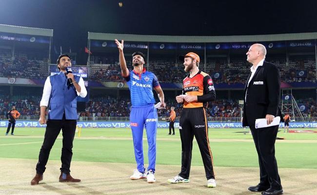 IPL 2019 Eliminator Match Delhi Opt To Bowl Against Sunrisers - Sakshi