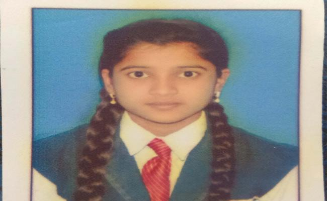 Tenth Class Student Suicide In Adilabad - Sakshi