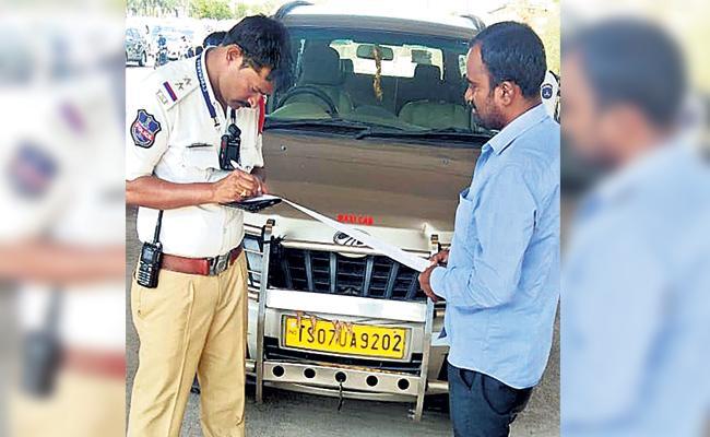 104 Challans on Hyderabad Cab - Sakshi