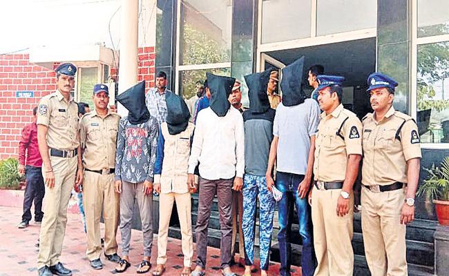 Five Members Arrested in Knife Attack Case Hyderabad - Sakshi