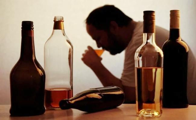 Alcohol Permits in Krishna - Sakshi