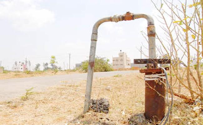 Ground Level Water Down in Hyderabad - Sakshi
