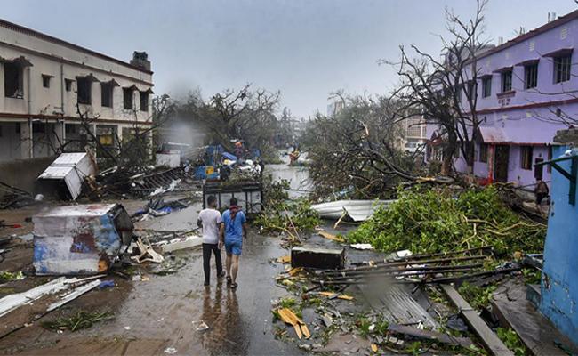 Cyclone Fani Reminds India That Climate Change Agenda Too - Sakshi