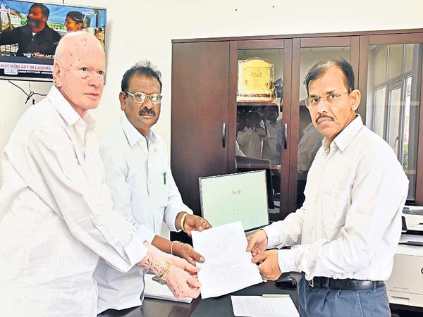 EC Gopalakrishna Dwivedi Asked For Collectors Report On Postal Ballot - Sakshi