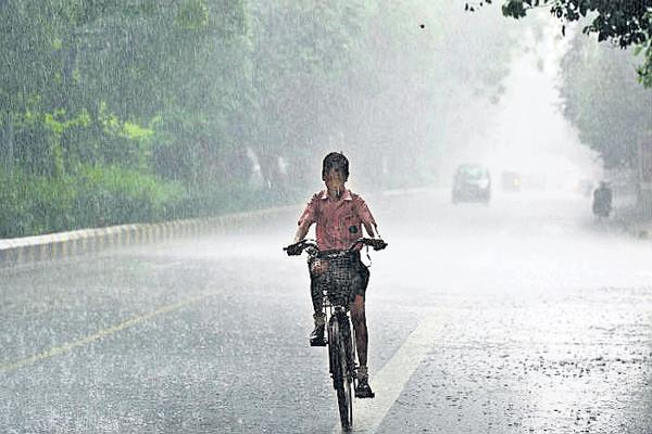 Southwest Monsoon To Kerala on June 6 - Sakshi