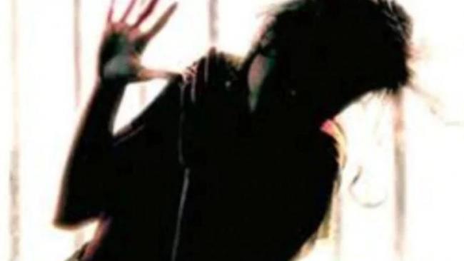 Kerala Man Arrested For Molesting Over 50 Women - Sakshi