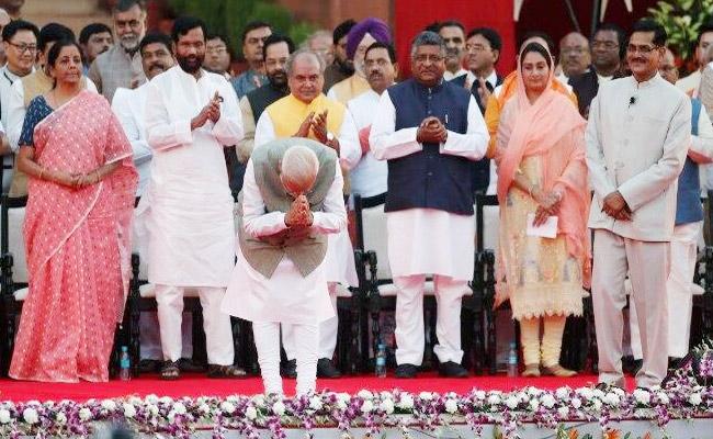 Harsimrat Badal Richest Union minister In PM Modi Cabinet - Sakshi