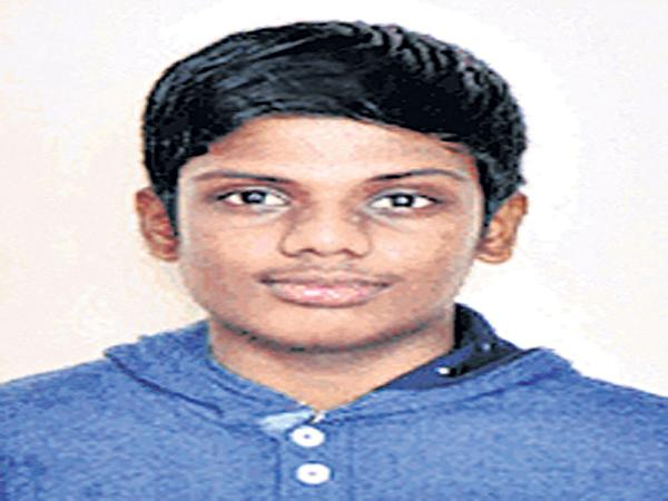 AP students are Are the Telangana EAMCET Toppers - Sakshi