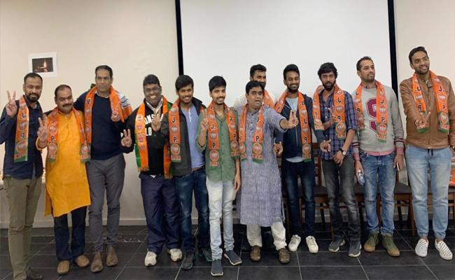 BJP Supporters Celebrate BJP Victory In Lok Sabha Elections In Melbourne - Sakshi