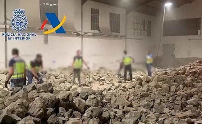 Police Find Ton Of Cocaine Hidden In Fake Rocks In Spain - Sakshi