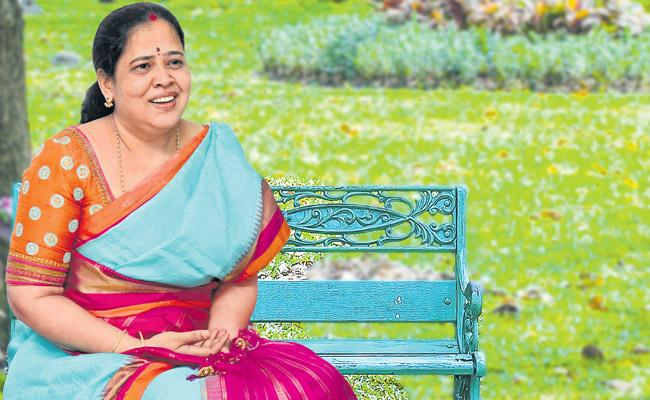 Sri Lakshmi coming to Hyderabad in 1997 was a turning point in her life - Sakshi