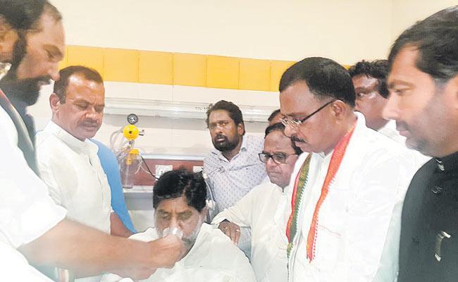 Congress Leader Mallu Bhatti Vikramarka Hunger Strike Is Over - Sakshi