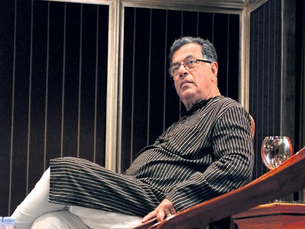 Girish Karnad is no more - Sakshi