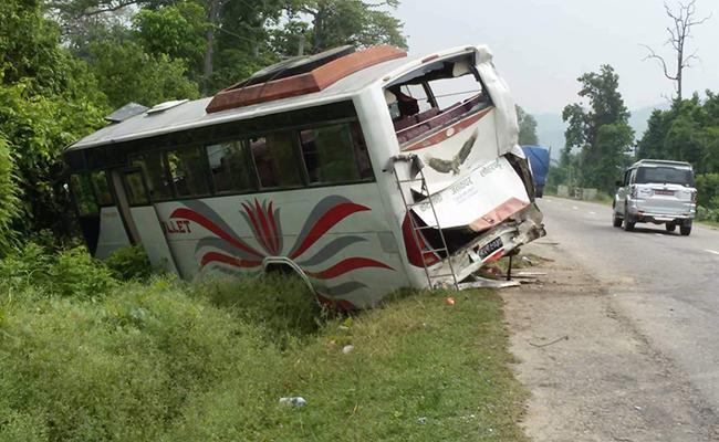 Two Indian pilgrims died in Nepal Road accident - Sakshi