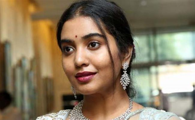 Sivathmika Rajasekhar Second Film With Sri Hari Son Meghamsh - Sakshi