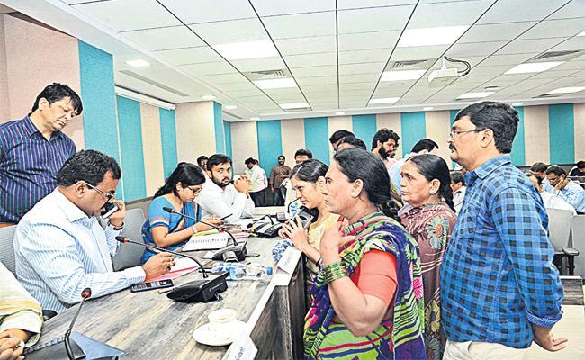 GHMC Officials Negligence on Prajavani - Sakshi