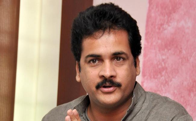 Actor Sivaji Filed Quash Petition In Telangana High Court - Sakshi