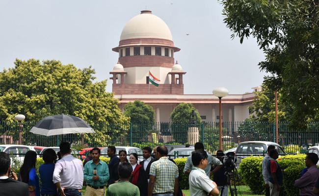 Supreme Court Orders Immediate Release Of UP Journalist - Sakshi