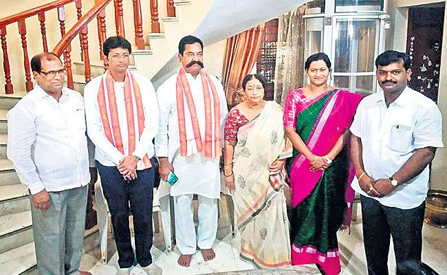 MTEy Political Life Come From My Uncle: T Anitha Reddy - Sakshi