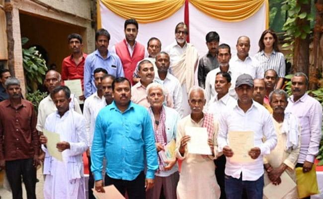 Amitabh Bachchan Pays Off Bihar Farmers Loan - Sakshi