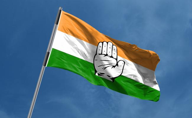 Big shock to Telangana Congress,Two MPs likely to join BJP - Sakshi