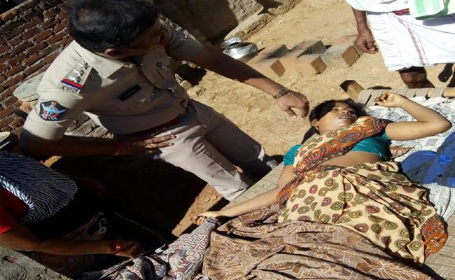 Women Murdered By Husband In Nellore - Sakshi