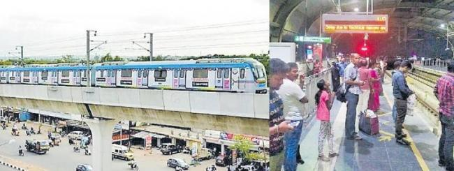 Glitch in signalling delays Metro train - Sakshi