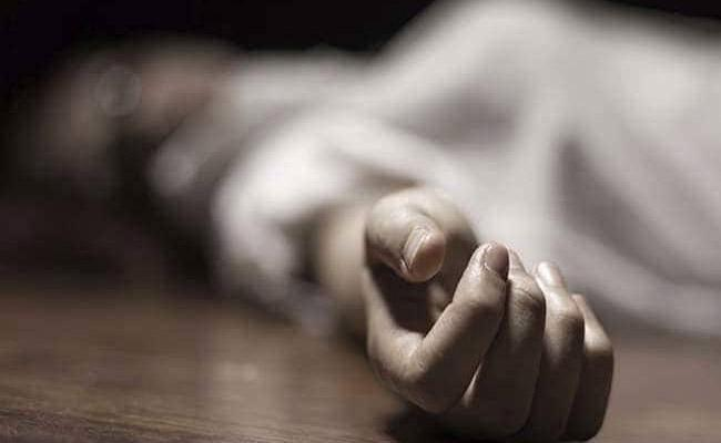 Pune IT Firm Staff Stabbed To Death By Boyfriend - Sakshi