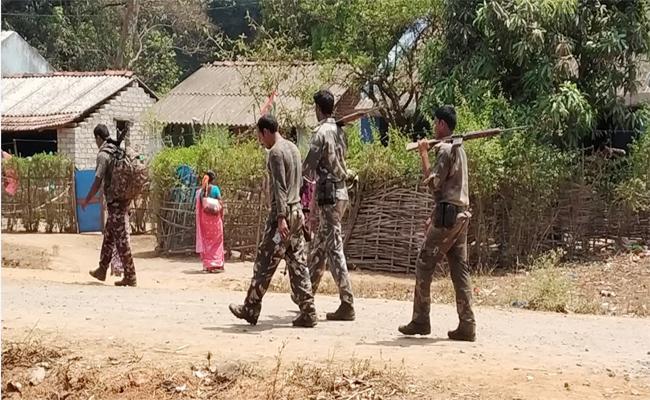 Police Combing For Korukonda Team in Visakhapatnam Agency - Sakshi
