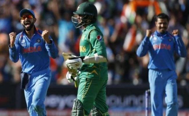 Sehwag Says No Way Pakistan Can Beat Team India - Sakshi