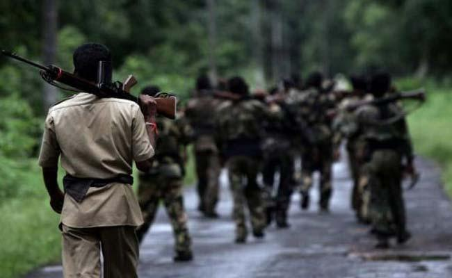 Five Policemen Killed By Maoists Near Jamshedpur - Sakshi