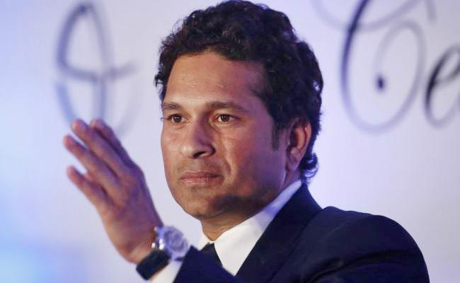 Sachin Tendulkar Sues Australian Bat Manufacturer Over Royalty Issue - Sakshi