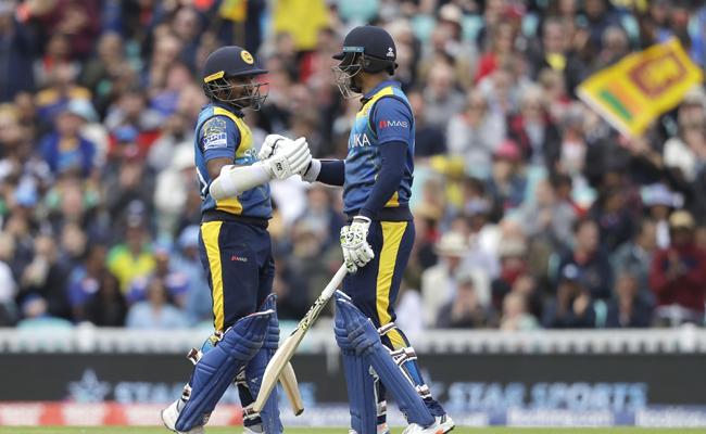 Srilanka Strong Reply to Australia in Big Chase - Sakshi