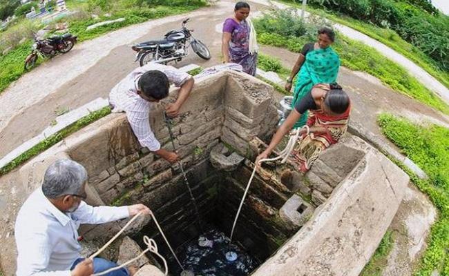 Underground Water Level Decreased In Adilabad - Sakshi