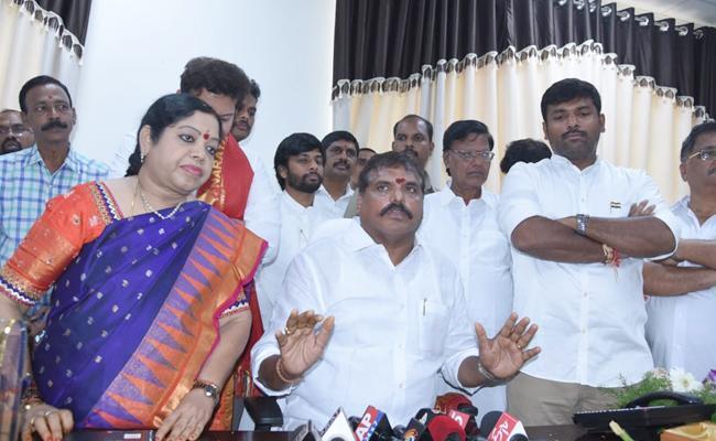 Botsa, Mopidevi, Anilkumar Takes Charges As Ministers - Sakshi