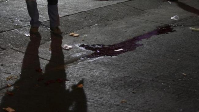 Chennai Man Attacks Woman Sickle Over Marriage Proposal - Sakshi