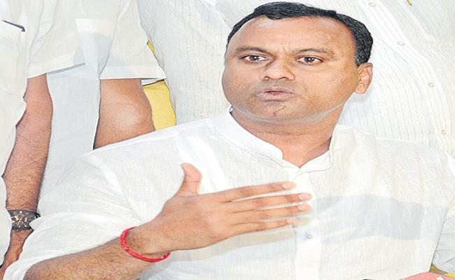 Komatireddy Raj Gopal Reddy Sensational Comments On Congress Party - Sakshi