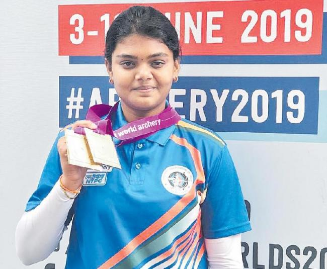 Jyothi Surekha wins two bronze medal at World Archery Championships - Sakshi