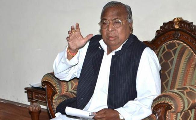 V Hanumantha Rao Comments Hajipur Serial Killer - Sakshi