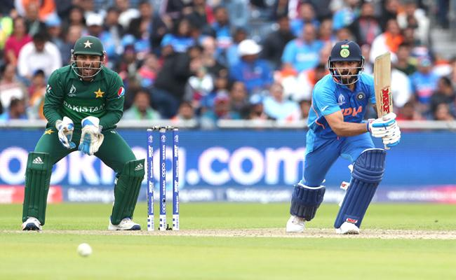 World CUp 2019 Kohli Breaks Sachin Record Fastest To 11000 ODI Runs - Sakshi