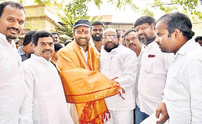 R krishnaiah Meets Kishan Reddy - Sakshi